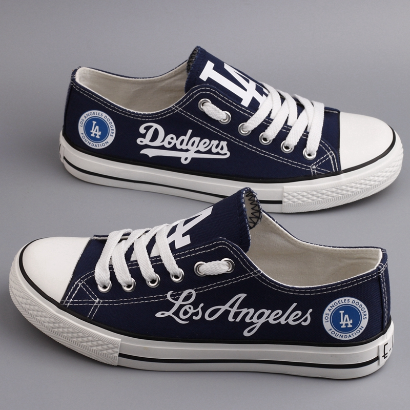 Women's Los Angeles Dodgers Repeat Print Low Top Sneakers 001