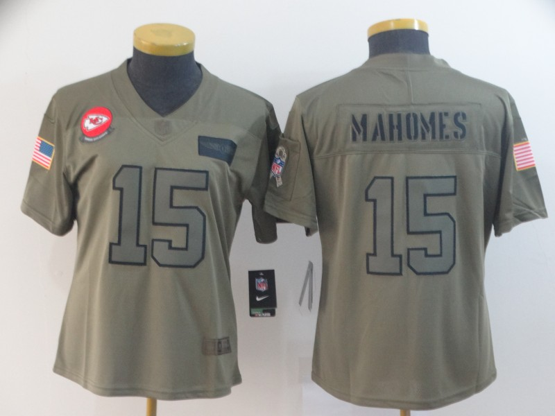 Women's Kansas City Chiefs #15 Patrick Mahomes 2019 Camo Salute To Service Limited Stitched NFL Jersey(Run Small)