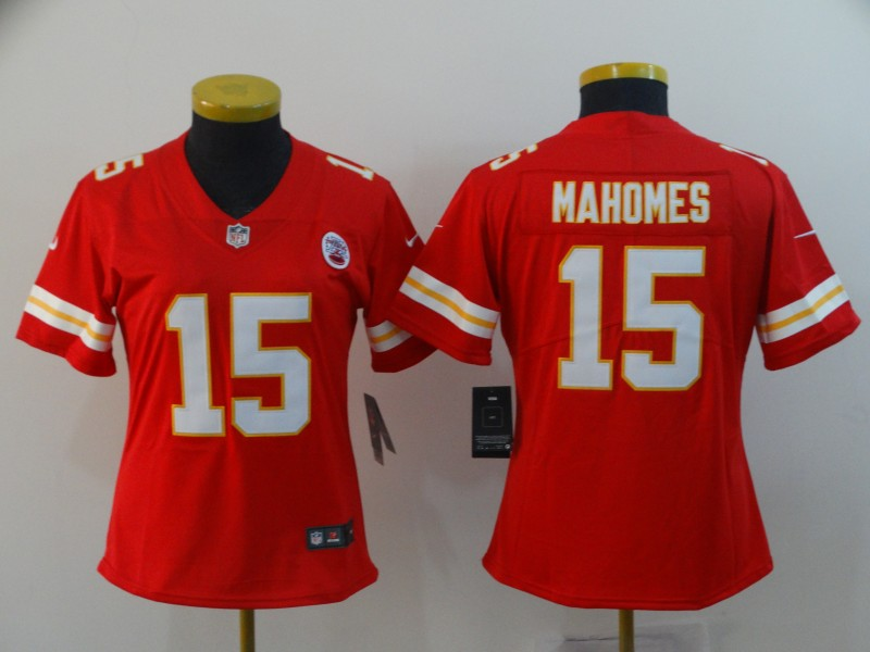 Women's Kansas City Chiefs #15 Patrick Mahomes Red Vapor Untouchable Limited Stitched NFL Jersey