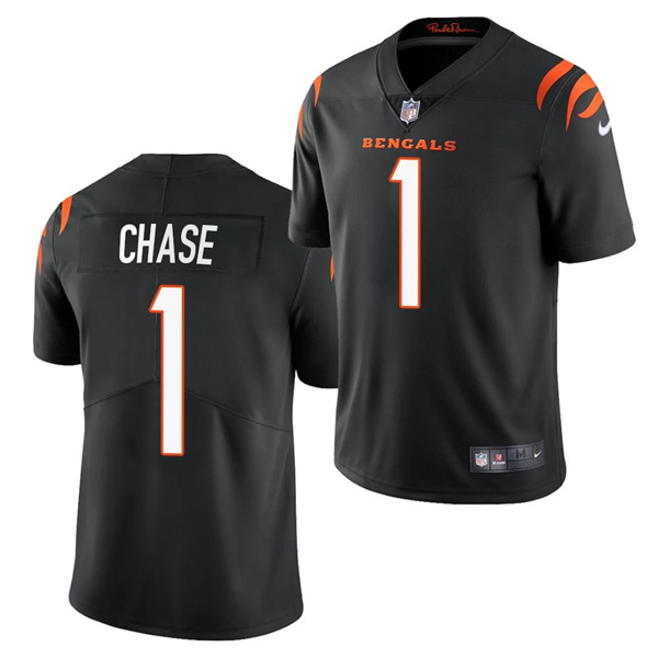 Women's Cincinnati Bengals #1 Ja'Marr Chase 2021 New Black Vapor Limited Stitched Jersey(Run Small)