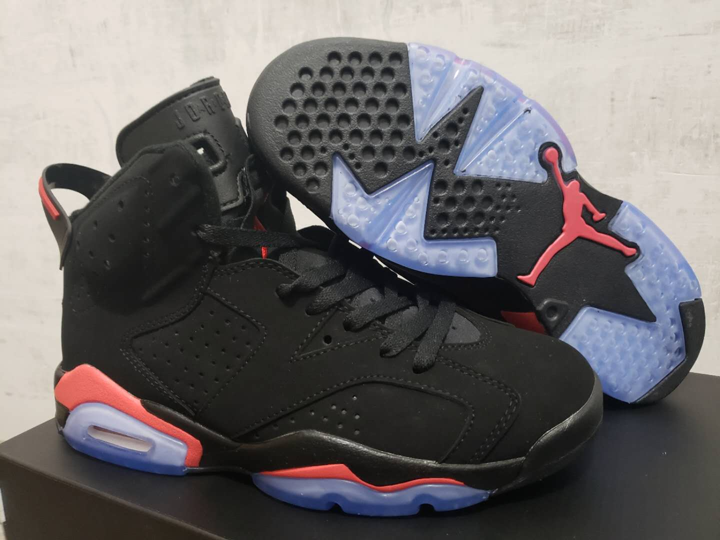 Women's Running weapon Air Jordan 6 Basketball Shoes 001
