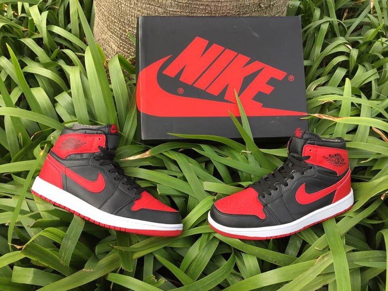 Running weapon Cheap Wholesale Air Jordan 1 Shoes Retro Mens AAA Quality